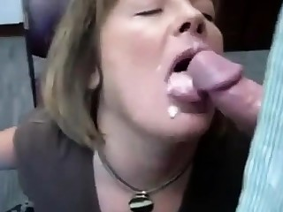 RUSSIAN AMATEUR Floozy Place BLOWJOB